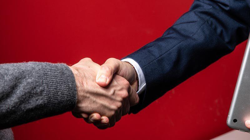 Dal 2020 De Martini e Associati collabora con la società di revisione LCR & PARTNERS AUDITING SRL